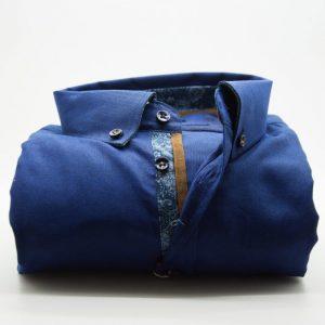 Men's blue Oxford cotton shirt with pocket detail front