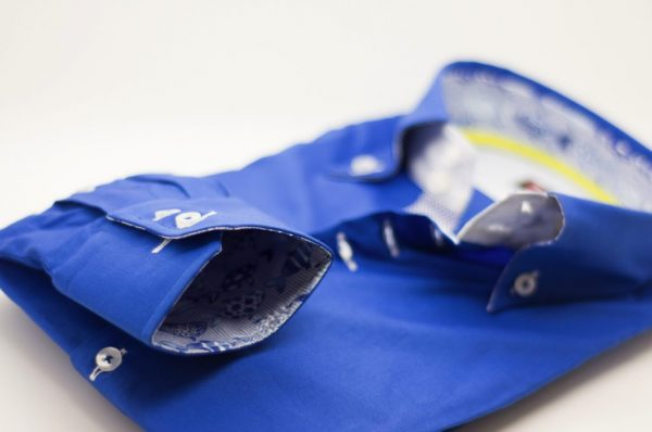 Men's royal blue single collar shirt with patterned trim cuff