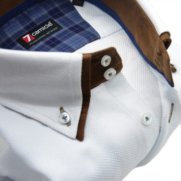 Men's white textured cotton shirt brown double collar upclose